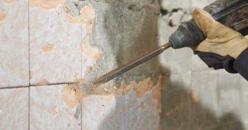 Bohrhammer zum Fliesen entfernen