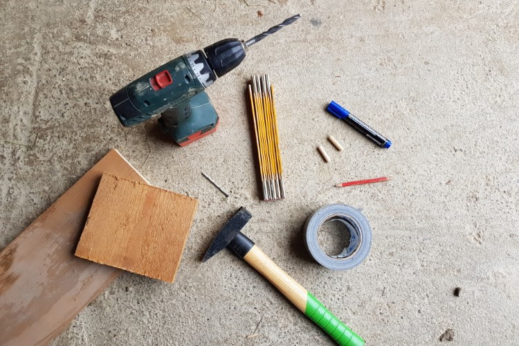 Benötigtes Werkzeug Holzdübel bohren und setzen