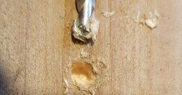 Holz bohren mit Steinbohrer